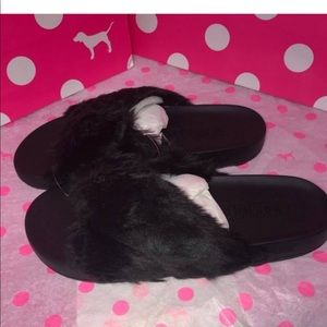 Victoria's Secret PINK Criss Cross slides